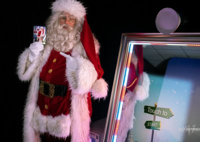 Christmas Mirror Booth With Santa