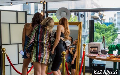 Photo Booth Hire Melbourne –  7 Things To Look For When Hiring A Mirror Photo Booth