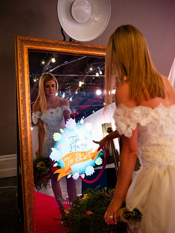 Mirror Photo Booth Hire Melbourne - Mirror booths for Weddings