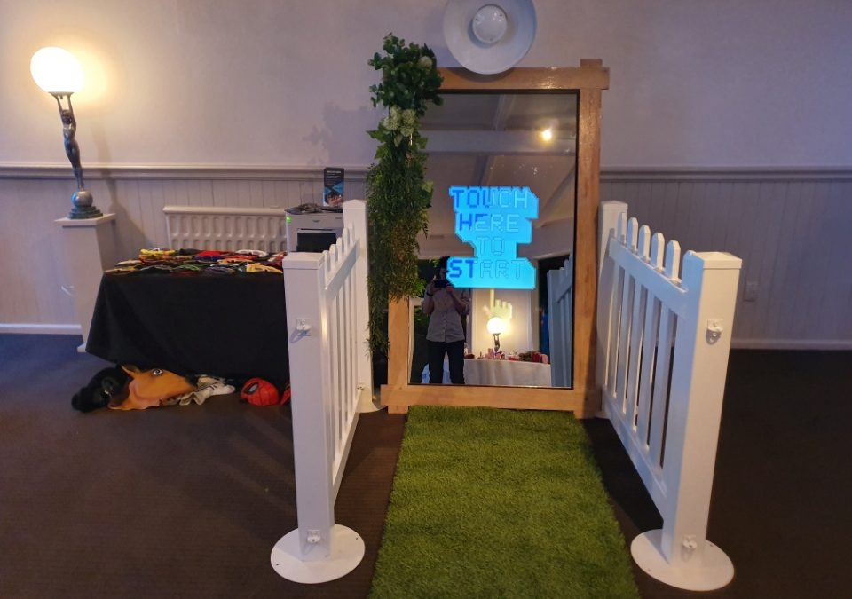 Gippsland Photo Booth – Mirror Booth Hire